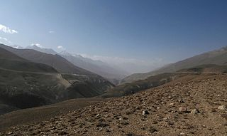 Leaving_Wakhan_valley_%2831749902534%29.jpg