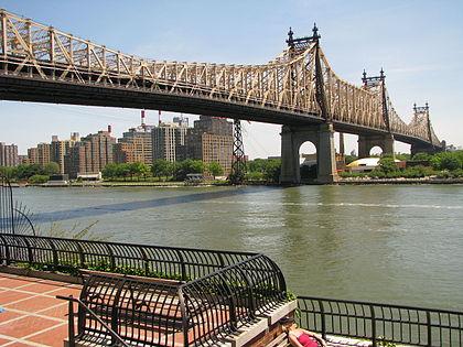 Queensboro_Bridge_from_Manhattan_side.jpg