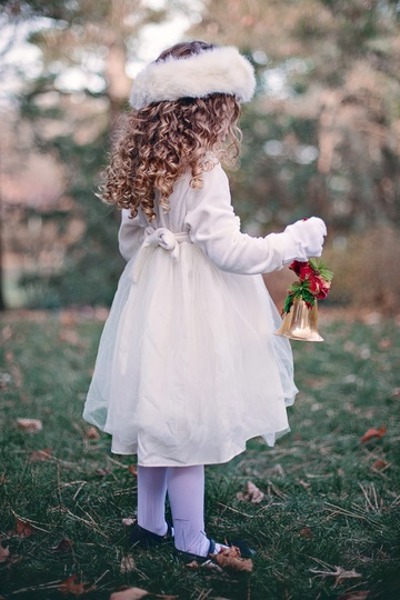 person-winter-girl-woman-hair-white-1088106-pxhere.com.jpg